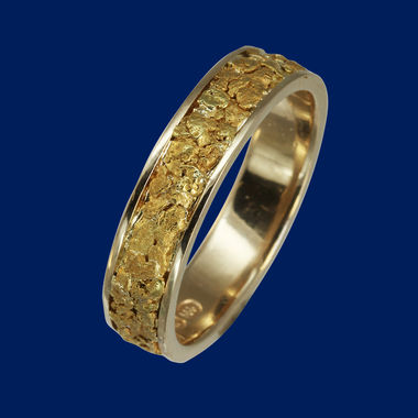 Ring-gold-nuggets