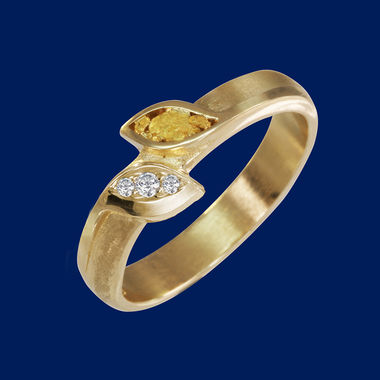 gold ring - leaves