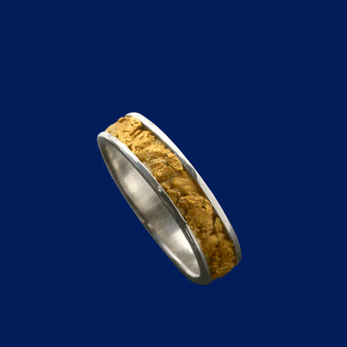 gold-ring-nugget