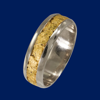 Gold Nugget ring, width 7mm