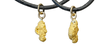 Gold nugget pendants, under 2 grams
