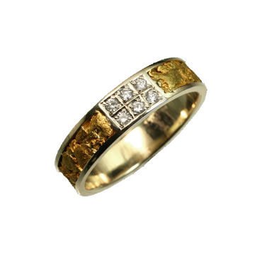 Gold Nugget Ring, 6 diamonds